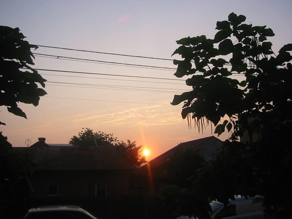 rasarit de soare pe strada mea
