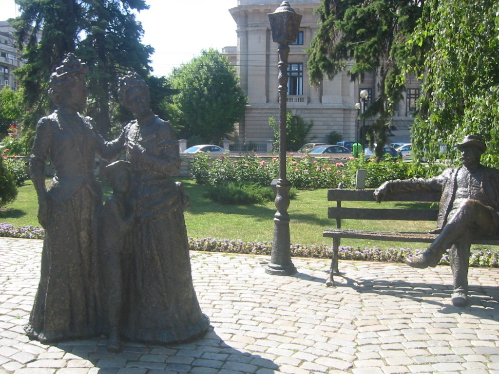statuie-ploiesti-caragiale-dl-goe-1024x768