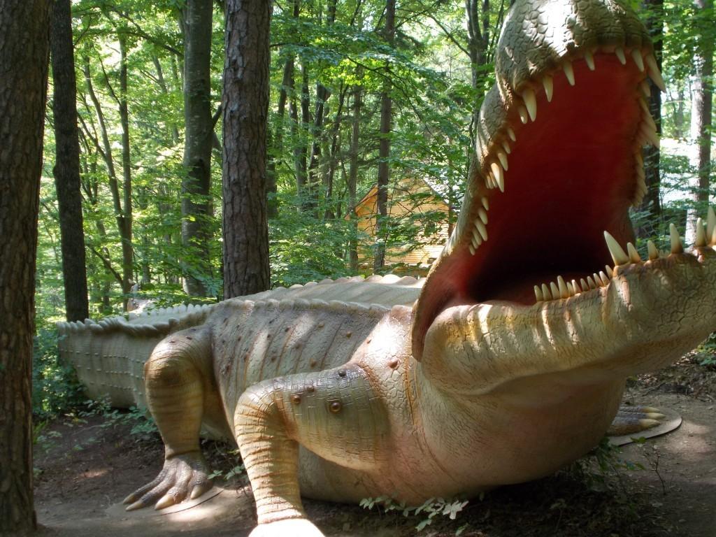 dienosuchus-dinozaur-dino-park-rasnov-1024x768