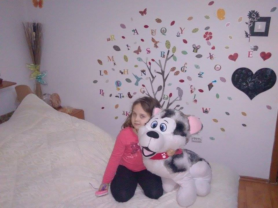 camera fetita 6 ani aaa
